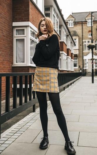 skirt mini skirt yellow skirt shoes black shoes sweater black sweater tartan tartan skirt tights