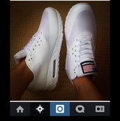 shoes,nike,independence day,independence,american,white sneakers,low top sneakers,nike air max 90,american flag,air max