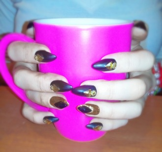 nail polish black nails black manicure black gold glitter nails pink cup matte pink matte black black diamonds glitter nail polish glitter sharp nails black details gold details