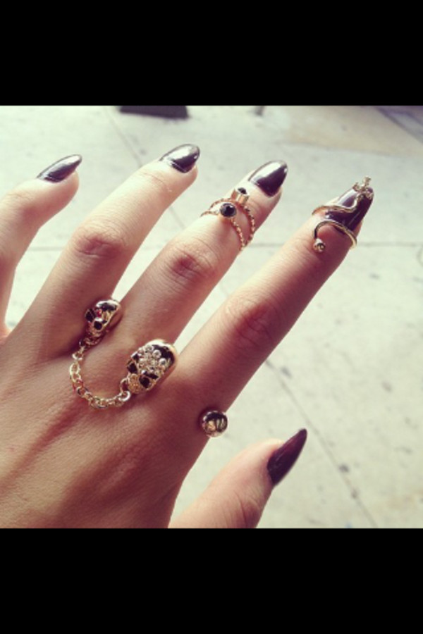 jewels skull ring black nails