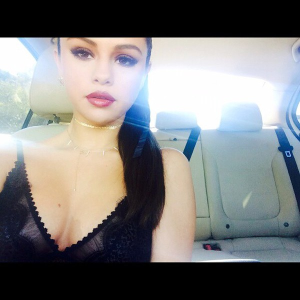 jewels necklace selena gomez