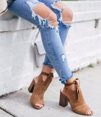 shoes sole society fall shoes brown brown shoes cute brown shoes block heels sandals sandal heels leather sandals platform sandals nude sandals peep toe heels peep toe summer shoes summer accessories fall outfits summer outfits streetstyle