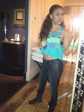 shoes,combat boots,black jeans,crop tops,forever 21,celebrity,paige hurd
