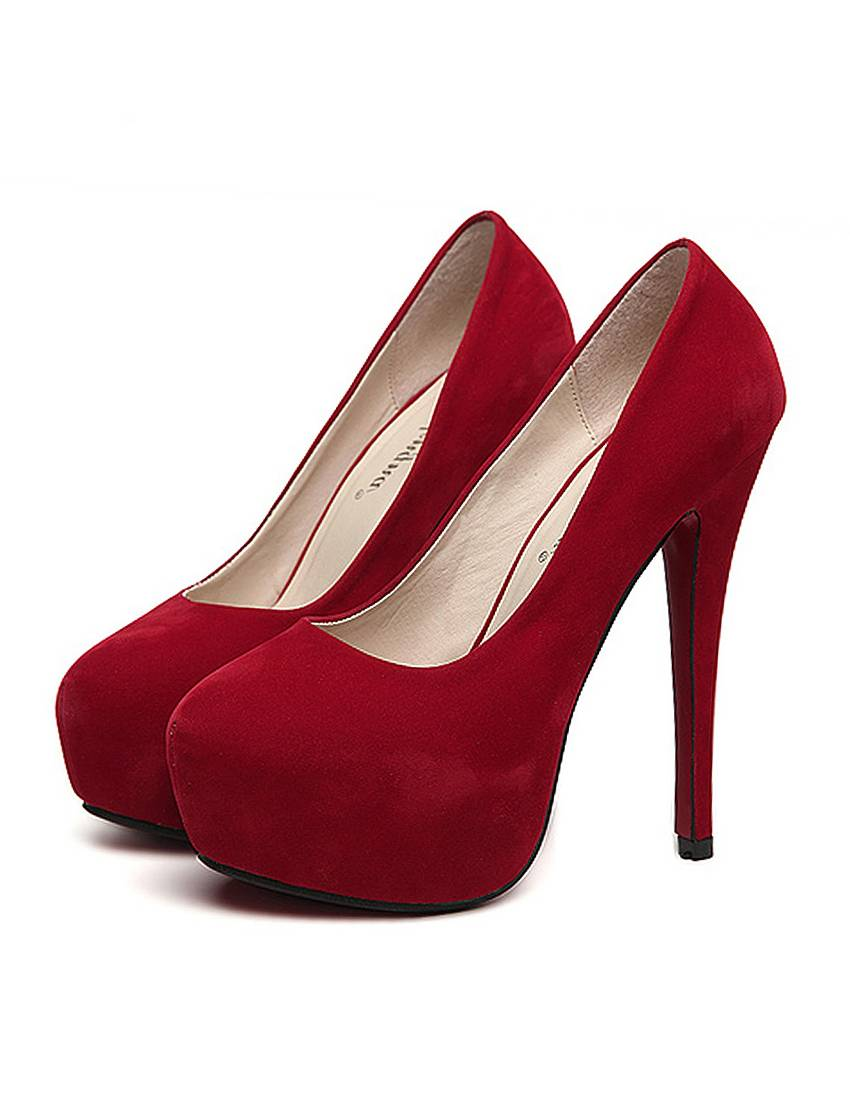 Kensie suede pumps in red