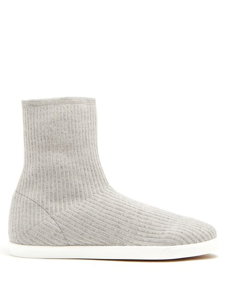THE ROW Dean ribbed-top leather-trimmed boots in grey