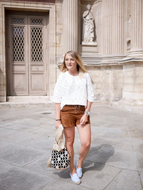 paris grenoble blogger blouse shorts shoes jewels suede shorts white top brown shorts summer outfits summer top bag black and white bag espadrilles