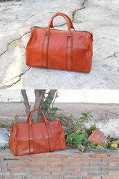 bag,women leather bag,leather,duffle bag,brown leather bag,leather bag,leather vintage bag,vintage bag,handbag,beautiful bags,duffel bag