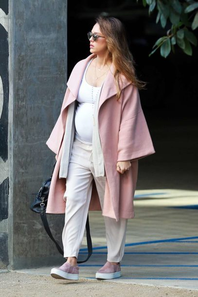 pants maternity jessica alba coat streetstyle fall outfits