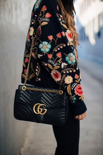 sweater tumblr floral embroidered floral sweater bag quilted bag gucci gucci bag chain bag black bag pants black pants embroidered jacket boho boho chic designer bag black leather bag rose embroidered