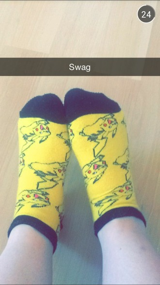 socks pikachu pokemon