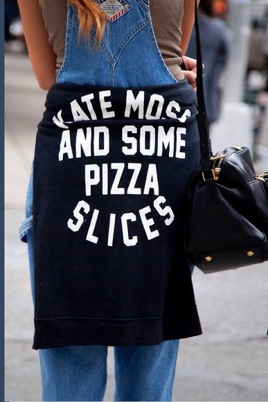 kate moss sweater black kate moss and some pizza slices da queen ✌️ pizza ❤️ 😍