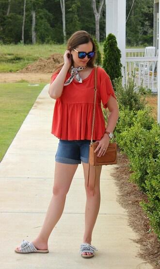 logancan blogger top shorts shoes bag sunglasses