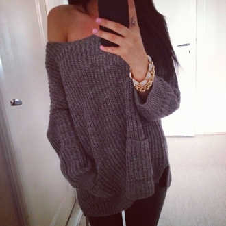 sweater knitwear knitted sweater off the shoulder off the shoulder sweater off the shoulder top sexy cute college winter outfits winter sweater fall outfits fall sweater oversized sweater jewels accessories grey sweater oversized loose casual streetwear style girl polka dots instagram tumblr sweater rose wholesale