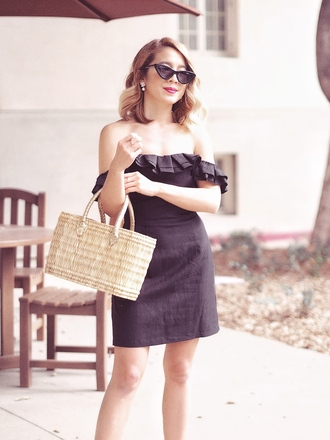 blogger dress shoes laminlouboutins bag off the shoulder dress straw bag summer dress