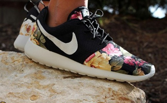 shoes nike mens shoes nike roshe run floral