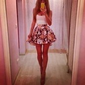 skirt,style,clothes,floral,tank top,blouse,shoes,dress,floral skater skirt,sexy,high heels,shirt,flowers,summer,black,pink,girl,floral skirt,skater skirt,flower skirt,fashion,sommer,pretty,short,cute,cute dress,flowered skirt,t-shirt,white,top,short skirt,amazing,look,anybody,kones,girly,white shirt,white top,flowered shorts,flowerskirt,spaghetti strap