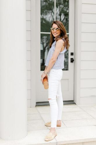 dallas wardrobe // fashion & lifestyle blog // dallas - fashion & lifestyle blog blogger top sunglasses jeans bag shoes loafers clutch white pants