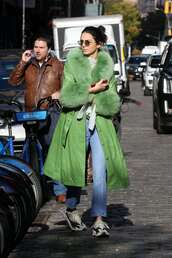 coat,kendall jenner,kardashians,model off-duty,fall outfits