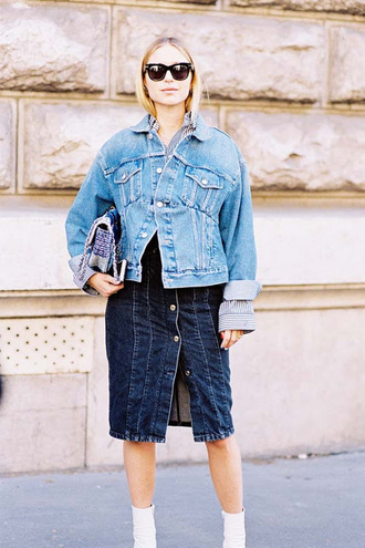 vanessa jackman blogger dress jacket shirt denim jacket denim skirt button up denim skirt ankle boots boots