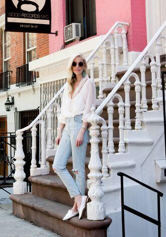yael steren blogger sunglasses jewels top jeans shoes make-up nail polish