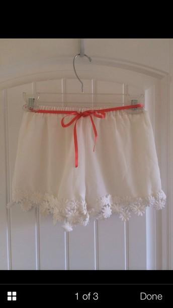 shorts white floral lace