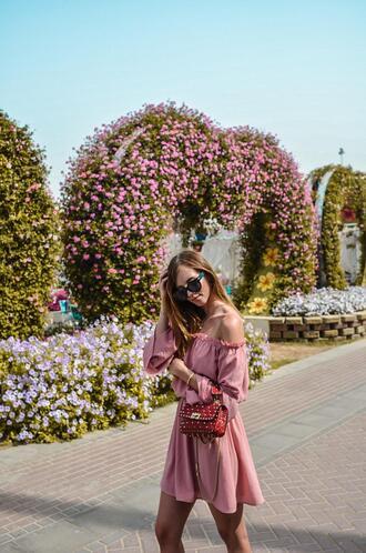 vogue haus blogger dress bag sunglasses red bag pink dress
