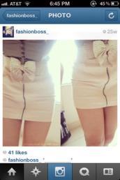 dress,bow,skirt,strapless,buttons,zip