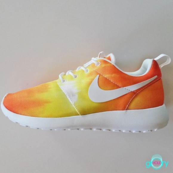 shoes yellow orange white nike sunset roshe runners beaut rosheruns roshe runs just do it wow gorg nike roshe run nike running shoes nike shoes womens roshe runs