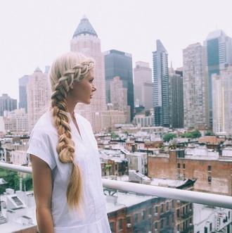 barefoot blonde blogger braid