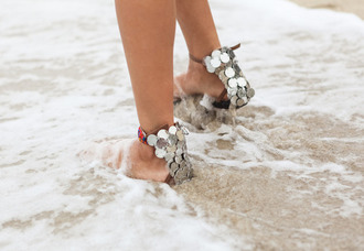 shoes silver sandals silver sandals silver shoes studded silver stud shoes silver stud sandals metallic metallic sandals metallic shoes beach wedding summer holidays sea wedding shoes