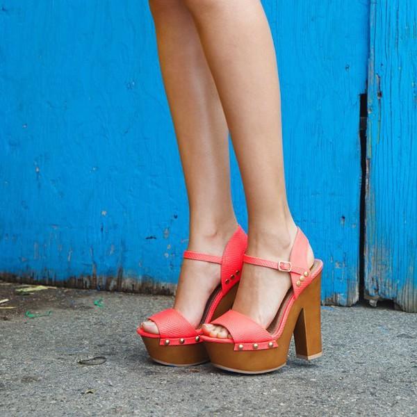 shoes heels woods fashion trendy summer fashionista bright heels platform heels strappy heels qupid