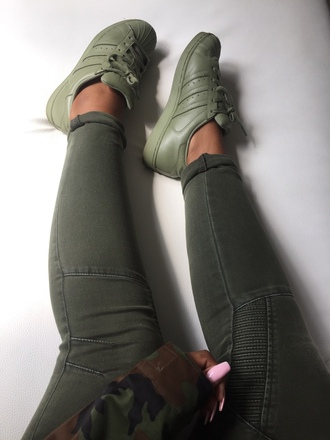 jeans khaki pants shoes low top sneakers pants pockets style fashion green camouflage army green trendy khaki adidas shoes adidas sneakers adidas