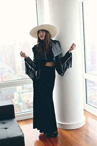 natalie off duty blogger skirt leather jacket black jacket fringes midi skirt hat jacket shoes