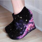 shoes,black,stars,galaxy print,wedges,shoes black wedges,galaxy boots,galaxy shoes,high heels,high,heels,girly,cute,fancy,pastel,pattern,print,pretty,casual,spring,fall outfits,winter outfits,weather,purple,blue,navy,white,steve madden,wade wedges,love them,plataforms,pink,galaxy wedged,wedged,galaxy heels,girly shoes