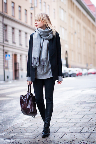 chaloth blogger scarf bucket bag jacket sweater jeans bag shoes