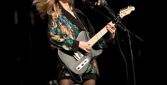 jacket ellie rowsell wolf alice band  festival glitzer glitter