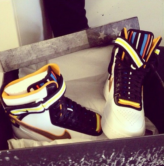 chris brown nike sneakers fashion high top sneakers august alsina sneakers retro