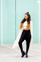 do the hotpants,blogger,crop tops,harem pants,cardigan,hairstyles