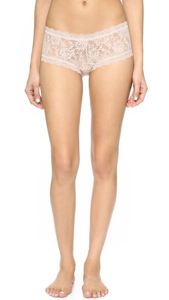 shorts lace