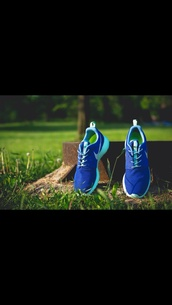 shoes,blue,light blue,nikes,nike,beautiful,baby blue,runningshoes,running,thebest,best