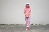 let's get flashy,blogger,shirt,pants,shoes,sunglasses,jewels,pink pants