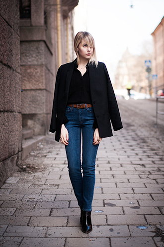 chaloth blogger jeans black jacket
