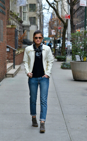 to be bright blogger jeans white jacket