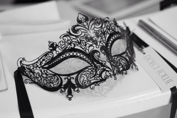 jewels mask black lace dentelle noir masque
