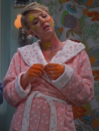 pajamas penny cape kaley cuoco big bang theory pink and white