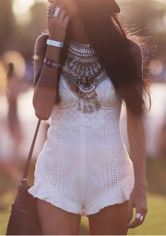 jumpsuit jump suit white lac lace white lace dress dress white dress hippie hat jewels boho chic boho boho dress boho jewelry indie indie boho jewerly romper white romper crochet romper festival coachella coachella romper