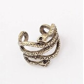 jewels,snake ring,gothic ring
