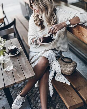 mikuta blogger sweater skirt bag shoes scarf