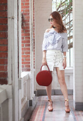 mellow mayo,blogger,sunglasses,skirt,bag,shoes,white skirt,mini skirt,red bag,tie-front top,lace up,off the shoulder,blue top,lace up skirt,blue off shoulder top,round bag,tortoise shell,tortoise shell sunglasses