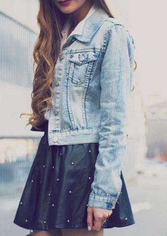 jacket polka dot skirt curled hair denim jacket grey skirt